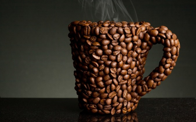 16435-coffee-and-coffee-beans-close-up